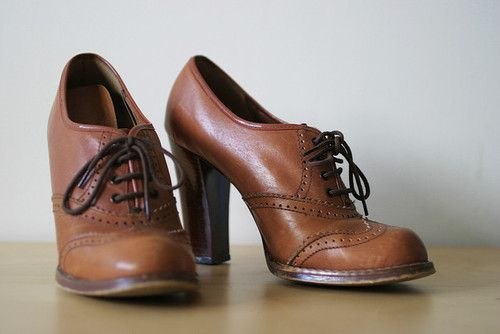 I want these! Oxford heels <3