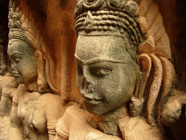 Cambodia, Angkor in pictures - Szablya Ákos Ceremóniamester -