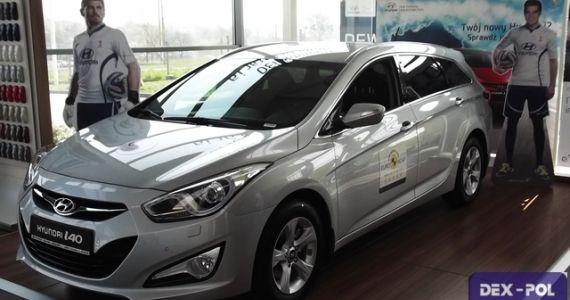 Hyundai i40 Wagon 1.7 CRDi  (136KM) wersja Comfort Plus Kolor: Srebrny metalik(METALIK) TITANUM SILVER Wnętrze: Ciemne  cena samochodu z lakierem metalik -114,400zł  http://hyundai.lubin.pl/oferta/hyundai-i40-wagon/24