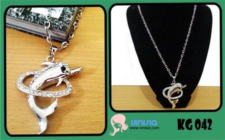Belanja Aksesoris Wanita Online: [KG 042] Kalung lumba lumba bulat   085649002325 / 326DB34B  www.vinisia.com