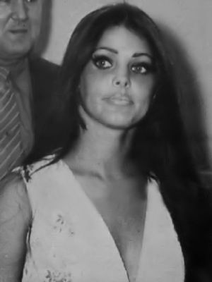 Priscilla Presley looking beautiful