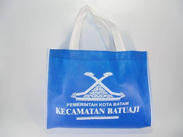 Kami salah satu UKM di Batam menerima pesanan Tas Furing bahan Spunbond yang ramah lingkungan (Eco Green Bag) seperti Tas Promosi, Tas Belanja, Tas Souvenir, dll  https://www.facebook.com/SpunbondBatam/