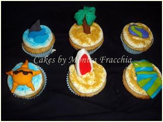 PONQUESITOS DECORADOS / CUP CAKES PLAYA Y SURF | TORTAS CAKES BY MONICA FRACCHIA
