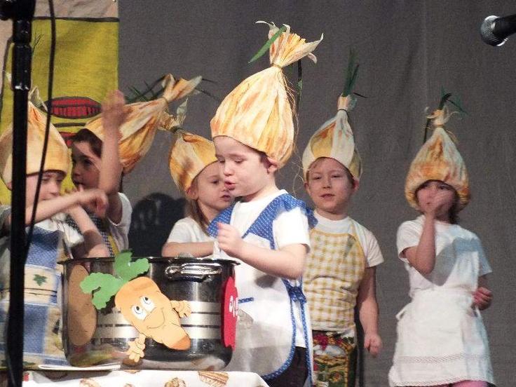 8 kwietnia, w Zielonej Górze ruszył XII Przegląd Teatrzyków Dziecięcych.  Mali aktorzy z Miejskiego Przedszkola nr 17 wystawili spektakl pt. Zupa Cebulowa.