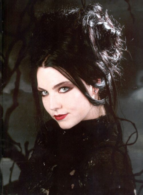 Gothic prom Hair - Amy Lee