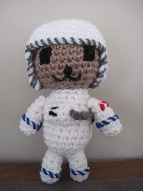 astronaut crochet - photo #7