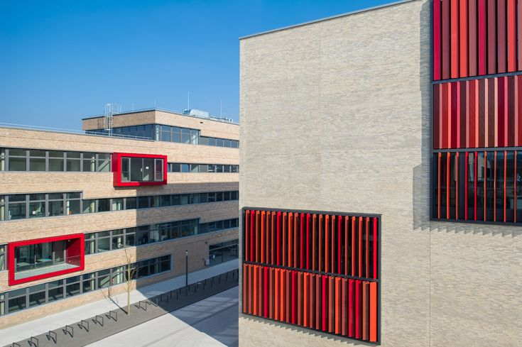 Gallery of Ruhr West University of Applied Sciences / HPP Architects + ASTOC - 7