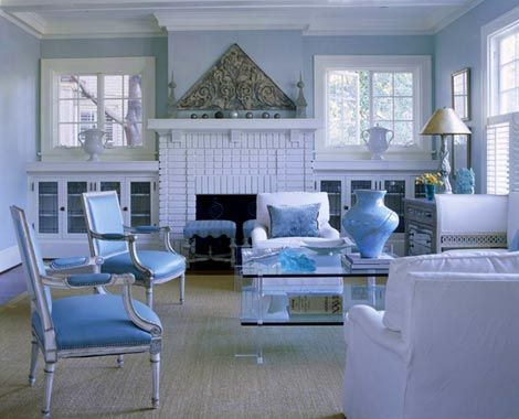 Love the built ins on either side of the fireplace - Pictures of blue and white living rooms ...
