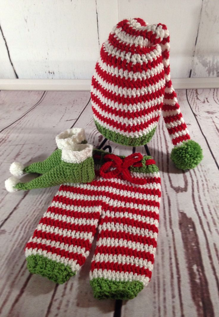 Elf Costume - Elf Cosplay - Christmas Baby Outfit - Baby Photo Outfit - Baby Photo Prop - Baby Photography Props - Crochet Baby Outfit by StephsFamilyStitches on Etsy https://www.etsy.com/ca/listing/511040037/elf-costume-elf-cosplay-christmas-baby