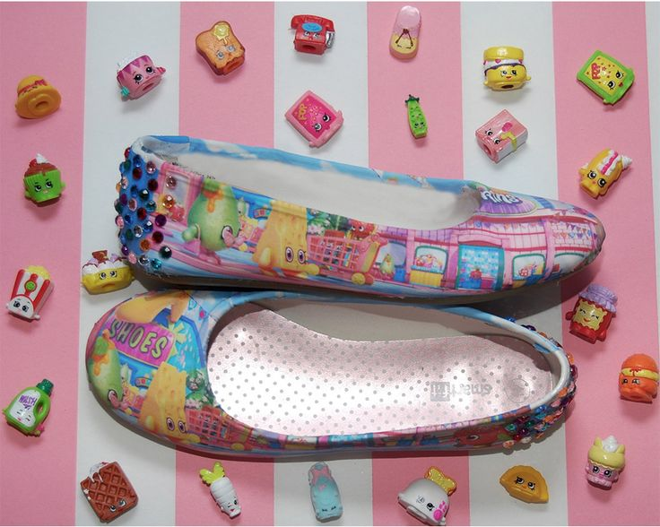DIY SHOPKINS BALLET SLIPPERS SHOES! Shopkins does not have any shoes out and my niece is completely obsessed with them! I made her these and she absolutely LOVES them! There's a complete walk-through how-to tutorial HERE: https://youtu.be/Vf_b5xa3uDY OR BUY THEM HERE: https://www.etsy.com/listing/246525767/custom-shopkins-shoes-ballet-flats