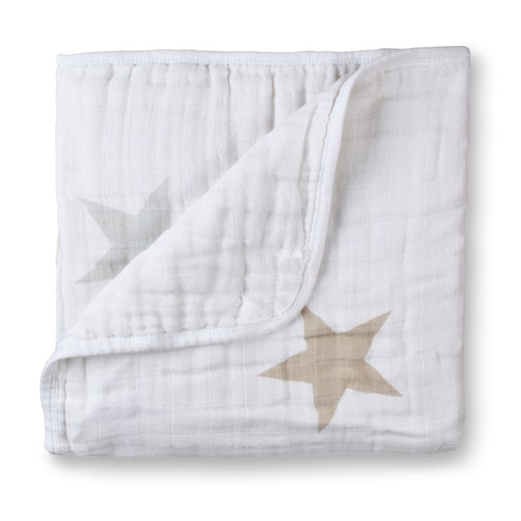 The perfect muslin baby blanket, these dream blankets are made of four layers of 100-percent cotton muslin to ensure playtime, cuddle time or bedtime is nothing less than dreamy.
