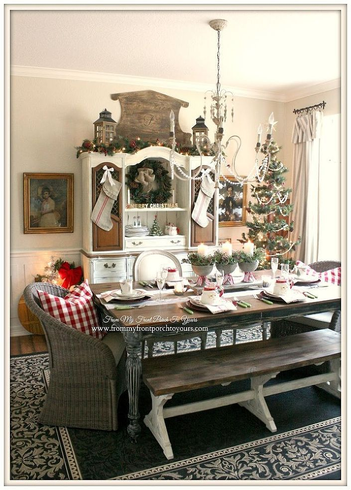 1000 ideas about christmas dining rooms on pinterest christmas decor christmas home and. Black Bedroom Furniture Sets. Home Design Ideas