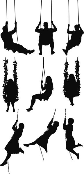 Vectores libres de derechos: Silhouette of people swinging on swings