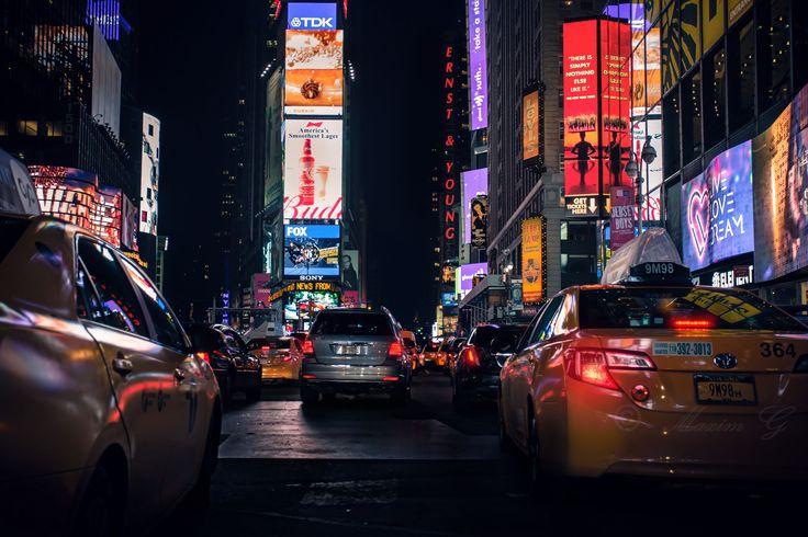www.maximg-photography.com #New York #Time Square #yellow cabs #trafficjam #manhattan #NYC #USA #prime time #streetphotography #nightphotography #canon