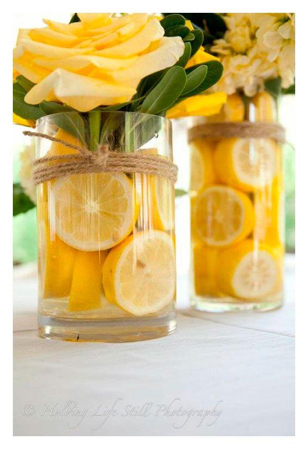 Bonitas ideas para tu próxima fiesta de temática amarilla. Consigue todo para tu fiesta en nuestra tienda en línea:  http://www.siemprefiesta.com/decoraciones-adornos-y-mas/colores/amarillo.html?utm_source=Pinterest&utm_medium=Pin&utm_campaign=Amarillo