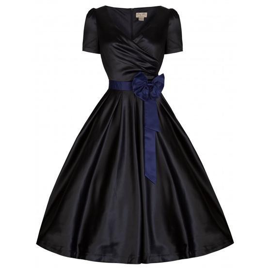 staňte se úžasnou dámou!!! šaty ve stylu 50. let. dokonalé společenské/večerní šaty určené pro slavnostní příležitost - na ples, na svatbu, do divadla, na přehlídku, na promoci. krásně padnou, velmi příjemné na nošení. zavinovací živůtek, tmavě modrá mašle u pasu, zip vzadu, podšívka. materiál 96% polyester, 3% elastan). doporučujeme se spodničkou, kterou najdete také v nabídce, pak teprve bude výsledek dokonalý!