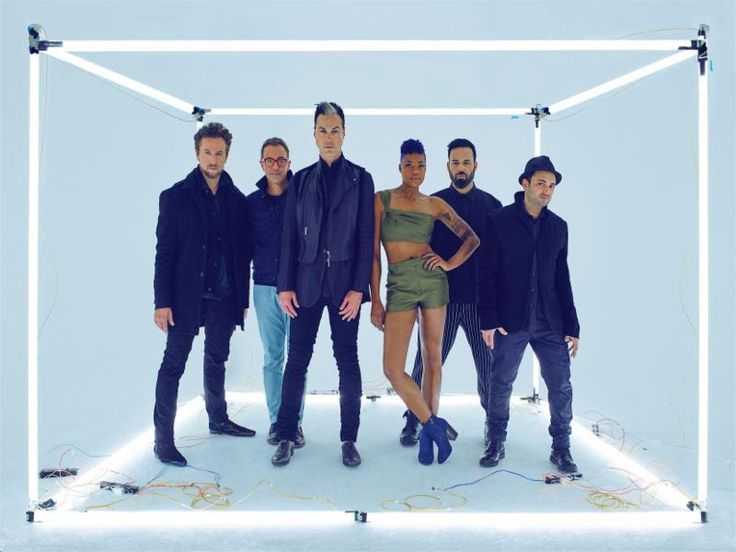 """NEWS: The indie pop band, Fitz and The Tantrums, have announced a U.S. tour, called the """"Come Get Your Love Tour,"""" for October and November.  Details at http://digtb.us/298m3T2"""
