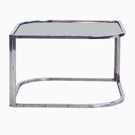 Verchromter Metall & Rauchglas Couchtisch Jetzt bestellen unter: https://moebel.ladendirekt.de/wohnzimmer/tische/couchtische/?uid=a95cf43d-5484-5ace-87d4-4757e5aece84&utm_source=pinterest&utm_medium=pin&utm_campaign=boards #wohnzimmer #couchtische #tische Bild Quelle: pamono.com