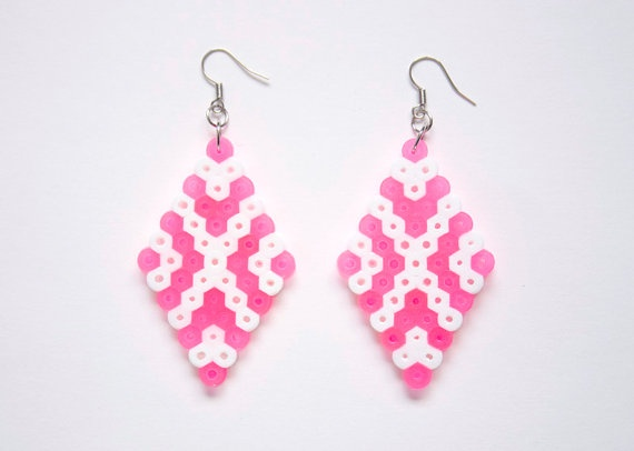 Double Diamond White Neon Hot Pink Hama  Perler by MeganMatsuoka