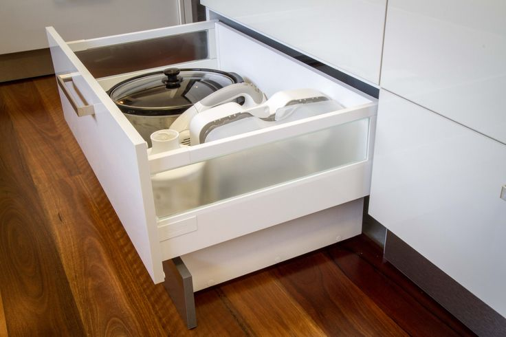 Integrated kickboard drawer. Extra deep storage. Modern kitchen. www.thekitchendesigncentre.com.au