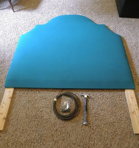 exactly what I want for Morgy...maybe a different color though...headboard tutorial
