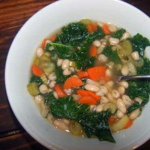 Kale & white bean soup