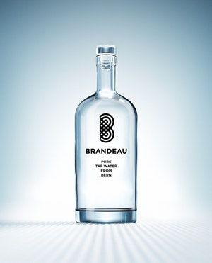 http://www.brandeau.ch I Brandeau – Pure Tap Water from Bern. Stylish swiss glasbottles to refill tap water at home or in the office.   #brandeau #brandeaubottles #wasser #water #wasserflasche #wassertrinken #wassergenuss #hahnenwasser #stilleswasser #flasche #karaffe #wasserkaraffe #glasflasche #schweizerwasser #tapbottle #tapwater #bottledesign #design #waterbottledesign #waterbottle #bern