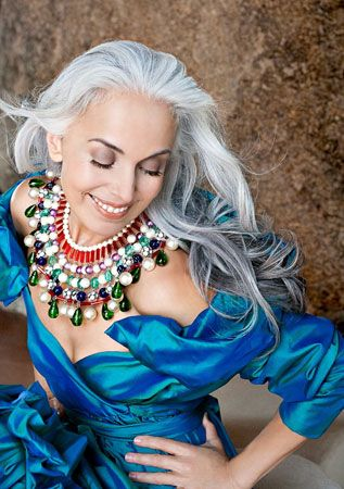 Yasmine Rossi: White Hair, Grey Hair, Ageless Beautiful, Grey Beautiful, Long Gray Hair, Silver Hair, Yasmina Rossi, Silver Foxes, Older Models