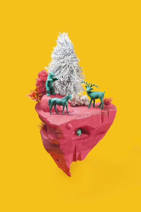 Inevitable Fin de Año en el Bosque by María Laura Benavente, via Behance