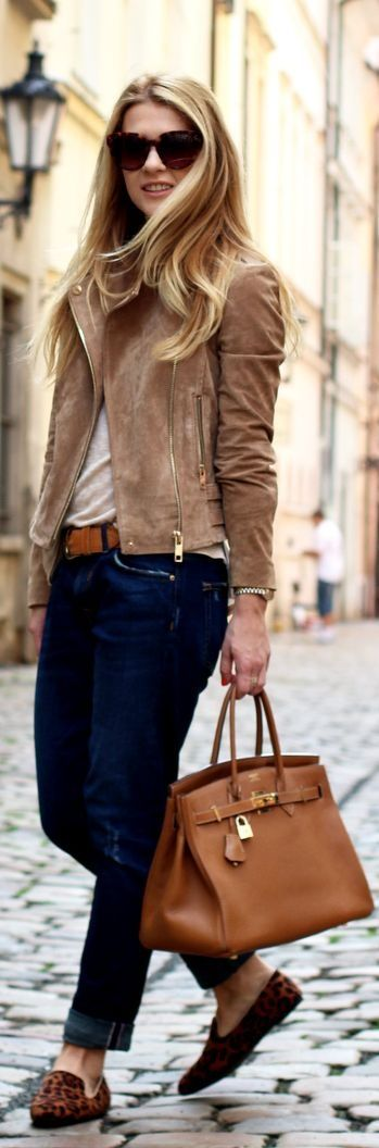Comfy jeans, stylish shoes, purse and a great jacket.