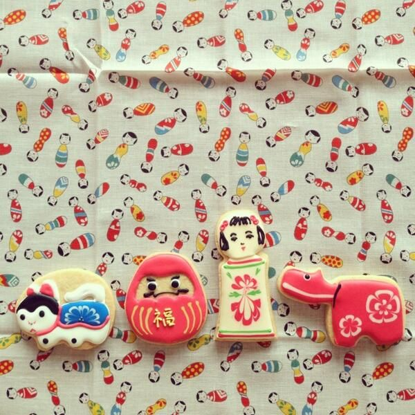 japanese pretty traditional design cookies