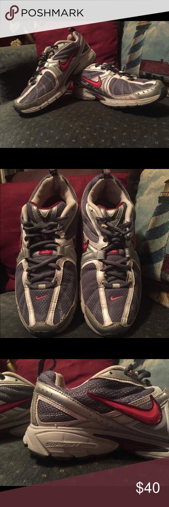 NIKE* Ladies running shoes sz9.5 EUC* Ladies running shoes, sz9.5 by NIKE*. Worn very little. Great shoes! Nike Shoes Athletic Shoes