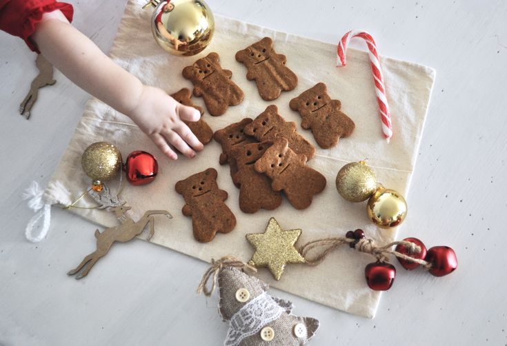 Healthy Gingerbread Men | Kids in the Kitchen
