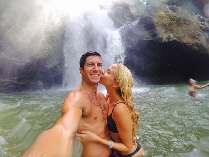 How to Take Amazing Travel Photos as a Couple • The Blonde Abroad
