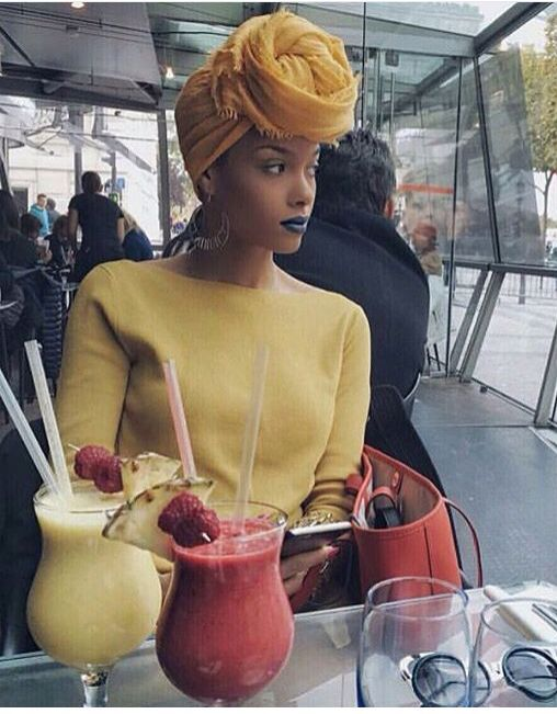 :oh so chic...when styled properly...and she has done just that:
