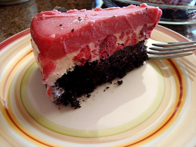 Berry-Chocolate Ice Cream Cake | yumminess | Pinterest