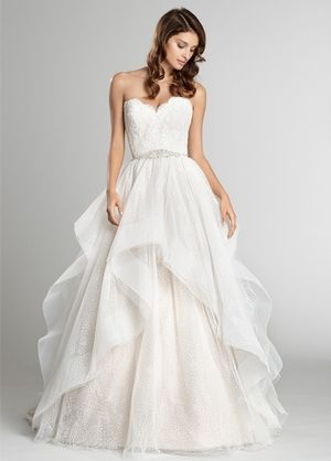 Sweetheart Princess/Ball Gown Wedding Dress  with Natural Waist in Tulle. Bridal Gown Style Number:33187725