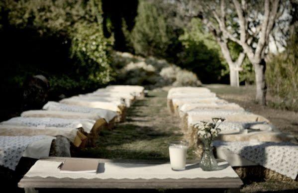 Ouydoor Weddings Straw Bales   Something Green: September 2010
