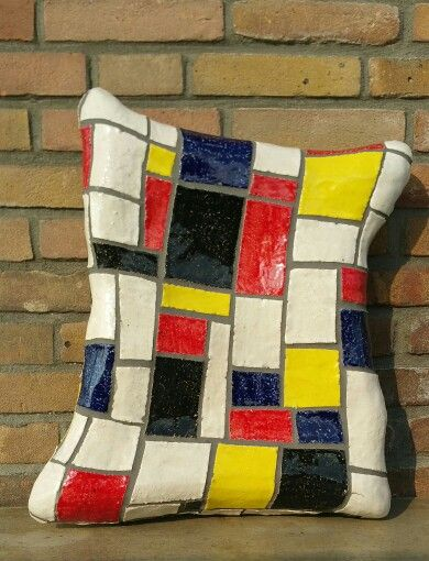 Mosaic pilow with selfmade ceramic pieces
