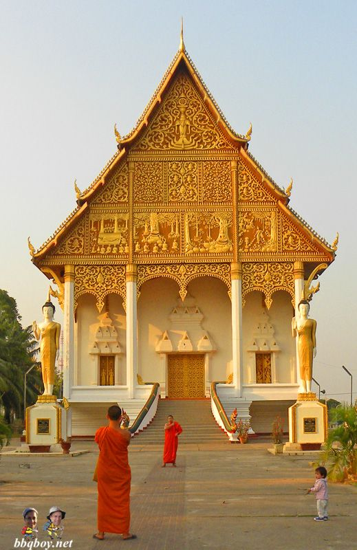 Lots of monks. Another reason why Vientiane is worth a visit: http://bbqboy.net/why-vientiane-is-worth-a-visit/ #vientiane #laos