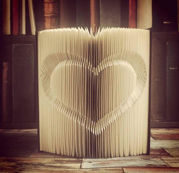 Außergewöhnliches Handwerk: Origami-Bücher von Nicola Nobo
