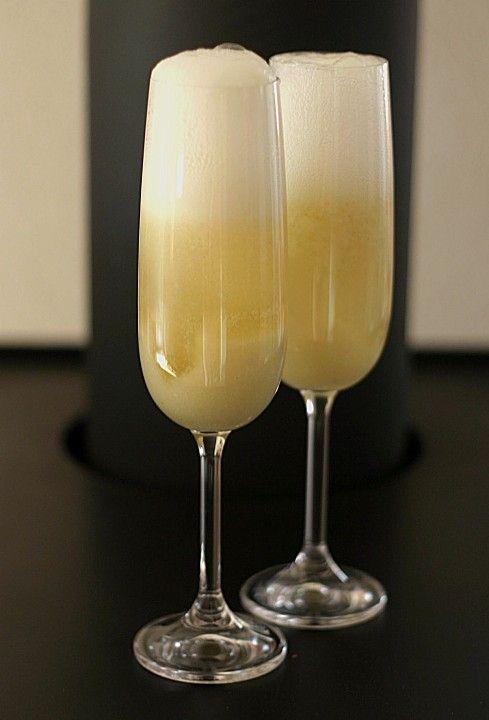 Bellini, ein leckeres Rezept aus der Kategorie Cocktail. Bewertungen: 11. Durchschnitt: Ø 4,2.