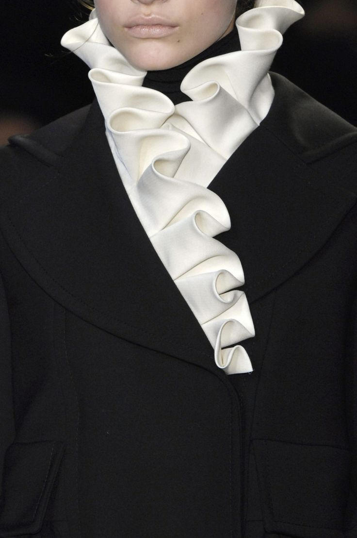 Elegant Ruffled Collar - bold contrasts; black & white fashion details …