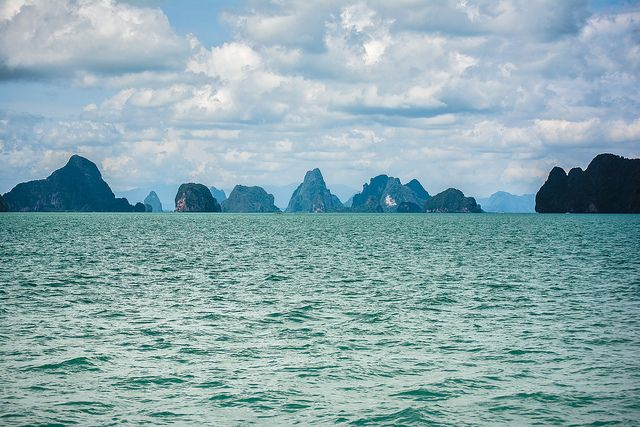 for more see -> http://blog.visualication.de/nationalpark-phang-nga-thailand/