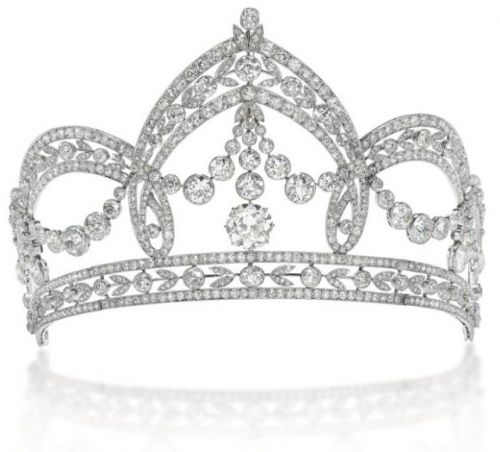 A Belle Epoque old-cut diamond tiara by Italian court jeweler Filippo Chiappe, created for the wedding of Count Carlo Raggio and Marchioness Tea Spinola in 1909.