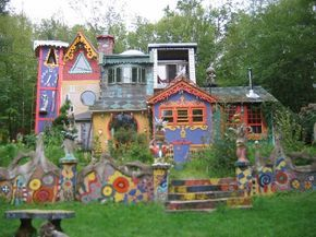 Luna Parc, situated on 5 acres in the lush northwestern woods of New Jersey, is a perpetual work-in-progress. Since 1989 the house and grounds have become an environmental sculpture park by artist, designer and King-o-Luna, Ricky Boscarino.