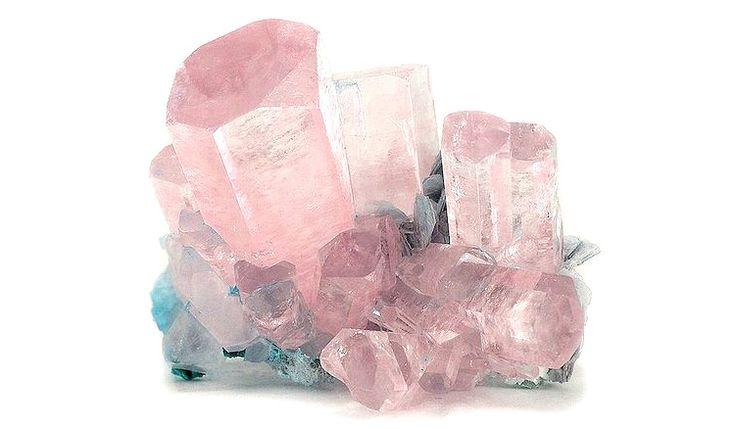 Morganit je kameň čistoty srdca a v minulosti bol používaný pri jasnovideckých praktikách. Prečítajte si viac o jeho liečivých účinkoch a vlastnostiach...