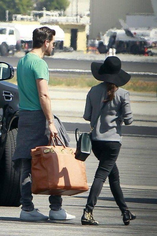 Kourtney Kardashian Boarding a Private Jet to Las Vegas September ...
