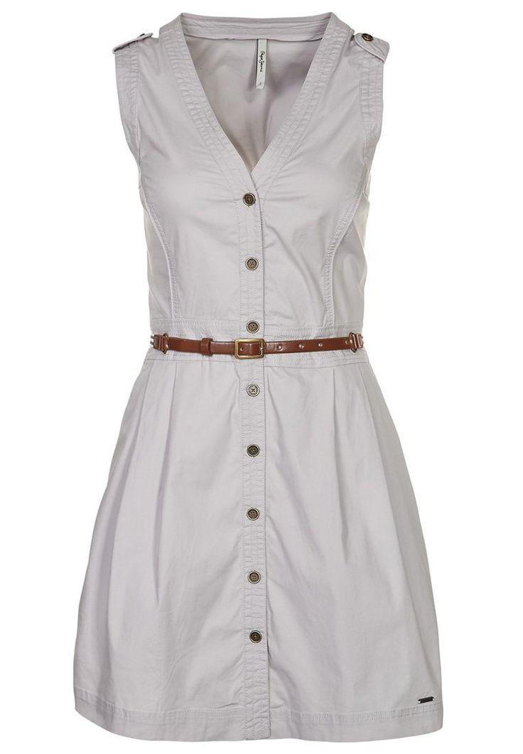 Bonito vestido de fiesta de Pepe Jeans para mujer. http://stylabel.com/product/pepe-jeans-orly-vestido-camisero-beige/847855