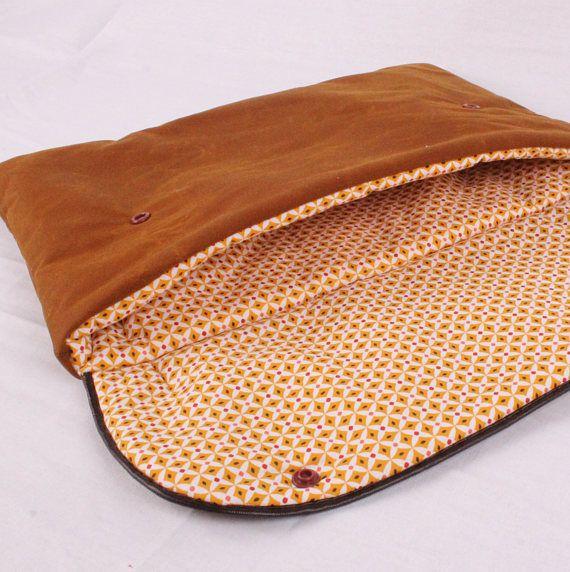 Bekijk dit items in mijn Etsy shop https://www.etsy.com/nl/listing/526534975/waxed-canvas-macbook-sleeve-13-inch